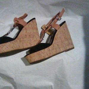 Coach Black Wedges Tan Leather size 6.5